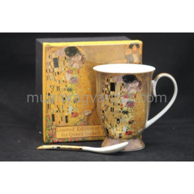 P.P.W3A38-16823 Porcelán bögre kanállal Klimt:The Kiss