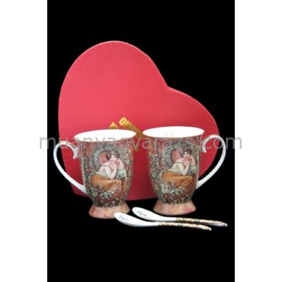 P.P.W3H10-25471 Porcelán bögre kanállal szív dobozban, 2db-os,250ml, Mucha:Topáz
