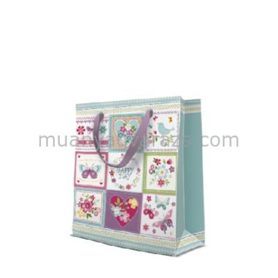 P.W.AGB1004003 Romantic Patchwork papír ajándéktáska medium 20x25x10cm