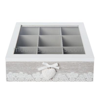 CLEEF.6H1374 Fa teás doboz 9 rekeszes üveg tetővel 24x25x8cm,szívvel