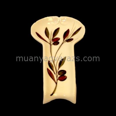 V.K.36-11 Olajbogyós fakanáltartó fekvő,kerámia,kézzel festett