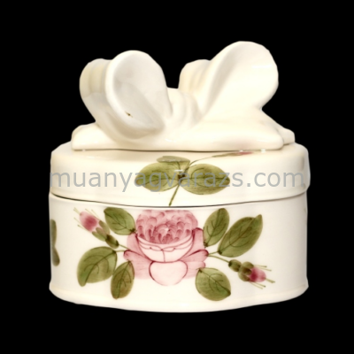 V.K.44-15 Romantik rózsás doboz ovál,kerámia,kézzel festett