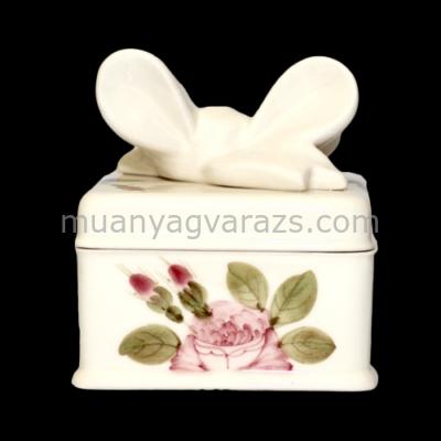V.K.44-16 Romantik rózsás doboz szögletes,kerámia,kézzel festett