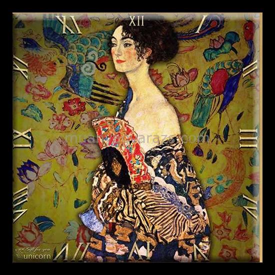 D.I.19-19 Üveg falióra 30x30cm, Klimt: Hölgy legyezővel(Pávás nő)